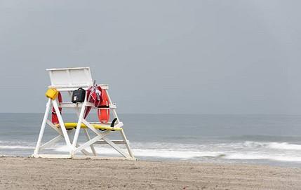 Piscine : quel matériel de secours pour le maître-nageur sauveteur ?